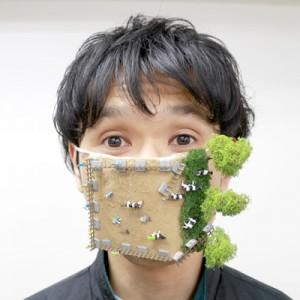 花粉症の人必見!三十路の男がマスクをめちゃくちゃデコってみた