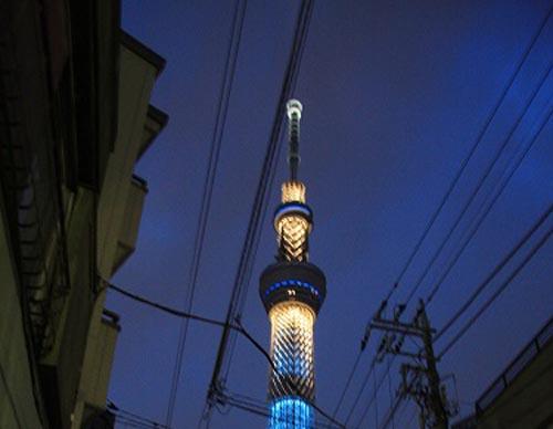 【スクープ!!】東京スカイツリーの下でタダ酒が飲める店を発見!